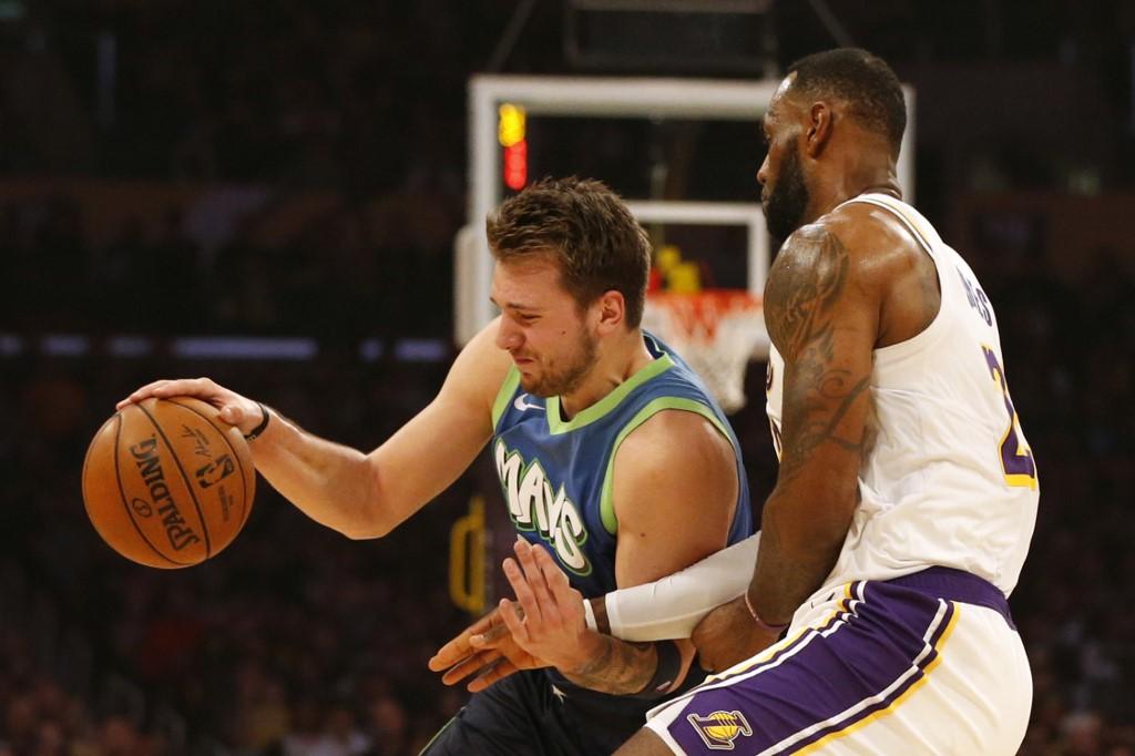 Dallas Mavericks V Los Angeles Lakers Eagle News