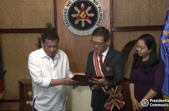 President Rodrigo Duterte on Wednesday, Dec. 11, received outgoing Vietnamese ambassador and awarded him the Order of Sikatuna./PCOO/