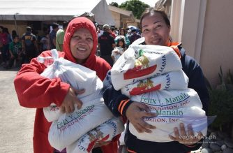 The Iglesia Ni Cristo, in cooperation with the Felix Y. Manalo Foundation, continued its Lingap sa Mamamayan (Aid To Humanity) efforts in Batangas province on Thursday, Jan. 16, 2020 to help residents affected by the recent Taal volcano eruption.  (Eagle News Service)