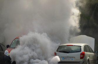 Barcelona bans older, most polluting cars