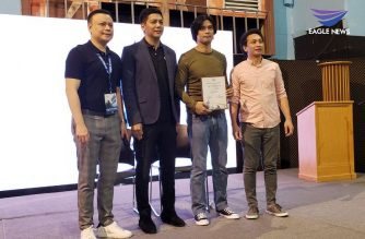 "Filipino Actor Richard Quan is recognized for his contributions to the Philippine Film Industry during EBC Films' ""Make It Reel"" workshop held in Quezon City, Philippines. Photo by Alfred Acenas, EBC Hawaii Bureau, Eagle News Service."
