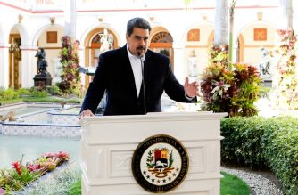 """Handout picture released by Miraflores Presidential Palace showing Venezuela's President Nicolas Maduro making a televised announcement at the Miraflores Presidential Palace, in Caracas, on March 15, 2020. - Venezuela put seven states, including Caracas, in virus quarantine. (Photo by - / Venezuelan Presidency / AFP) / RESTRICTED TO EDITORIAL USE - MANDATORY CREDIT """"AFP PHOTO / VENEZUELAN PRESIDENCY/ JHONANDER GAMARRA"""" - NO MARKETING NO ADVERTISING CAMPAIGNS - DISTRIBUTED AS A SERVICE TO CLIENTS"""