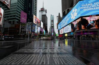 A view of a nearly empty Time Square on April 09, 2020 in New York City. - Another 6.6 million US workers file for unemployment benefits for the week ending April 4, 2020, the Labor Department said on April 9, 2020, a slight decrease from the previous week's count of 6.9 million, which was 219,000 more than the original tally, according to the report. Nearly 17 million workers lost their jobs since mid-March, as the coronavirus pandemic continues to affect the economy. (Photo by Angela Weiss / AFP)