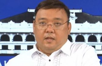 Presidential Spokesperson Harry Roque holds a press conference on Thursday, April 16./RTVM/