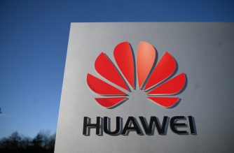A photograph shows the logo of Chinese company Huawei at their main UK offices in Reading, west of London, on January 28, 2020. - Prime Minister Boris Johnson is expected to announce a strategic decision on January 28, on the participation of the controversial Chinese company Huawei in the UK's 5G network, at the risk of angering his US allies a few days before Brexit. (Photo by DANIEL LEAL-OLIVAS / AFP)