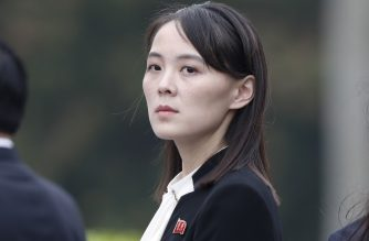 """(FILES) This file photo taken on March 2, 2019 shows Kim Yo Jong, sister of North Korea's leader Kim Jong Un, attending a wreath laying ceremony at the Ho Chi Minh Mausoleum during a visit to Hanoi. - North Korea blew up an inter-Korean liaison office on its side of the border on June 16, 2020, after Kim Yo Jong -- the powerful sister of North Korean leader Kim Jong Un -- said at the weekend the """"useless north-south joint liaison office"""" would soon be seen """"completely collapsed"""". (Photo by JORGE SILVA / POOL / AFP)"""