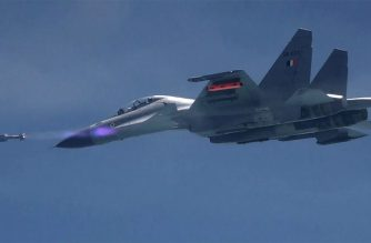 """This handout photograph taken and released by the Indian Defence Ministry on September 17, 2019 shows an Astra air-to-air missile being fired from a Sukhoi Su-30 MKI fighter jet off the Odisha coast. (Photo by Handout / INDIAN DEFENCE MINISTRY / AFP) / RESTRICTED TO EDITORIAL USE - MANDATORY CREDIT """"AFP PHOTO / INDIAN DEFENCE MINISTRY"""" - NO MARKETING NO ADVERTISING CAMPAIGNS - DISTRIBUTED AS A SERVICE TO CLIENTS -"""