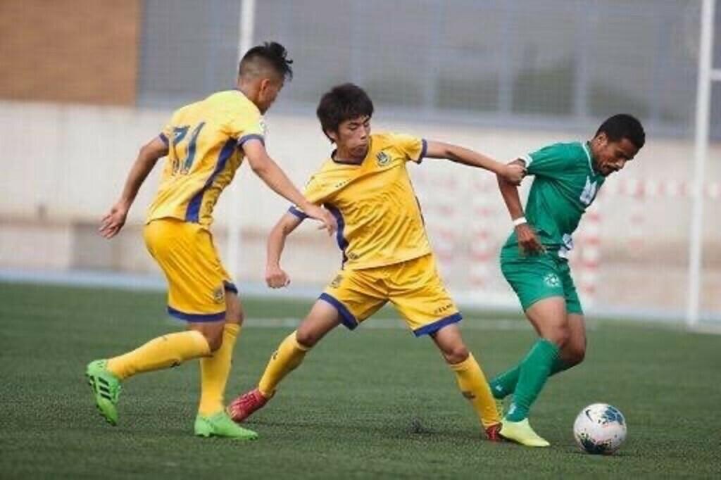 練習試合では、幾度となく国家代表クラスとの対戦を経験!!(画像は、ADアルコルコンU-23対サウジアラビア五輪代表)