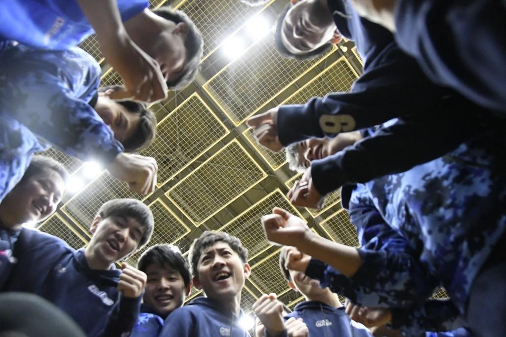 ボールをつなぎ続けるバレーは何よりもチームワークが要です!