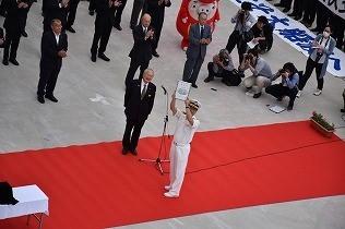 戸田市長より、飛鳥Ⅱが大船渡市初の「特別観光大使」に委嘱されました。