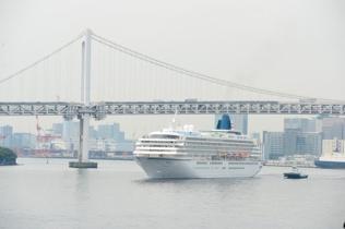 今クルーズ最終日、東京へ入港です。02