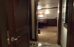 客室内廊下