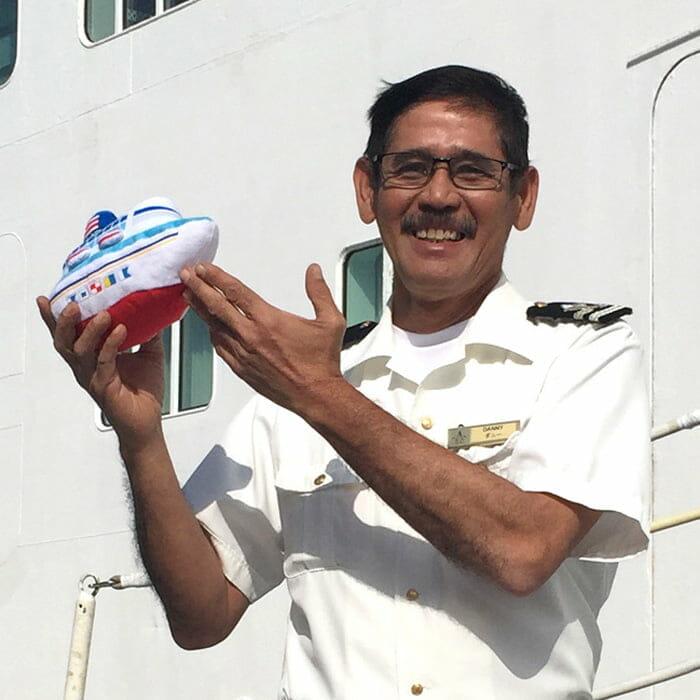 <飛鳥Ⅱ> 甲板長(ボースン)HERNANDEZ Danilo Lodo(ダニー)
