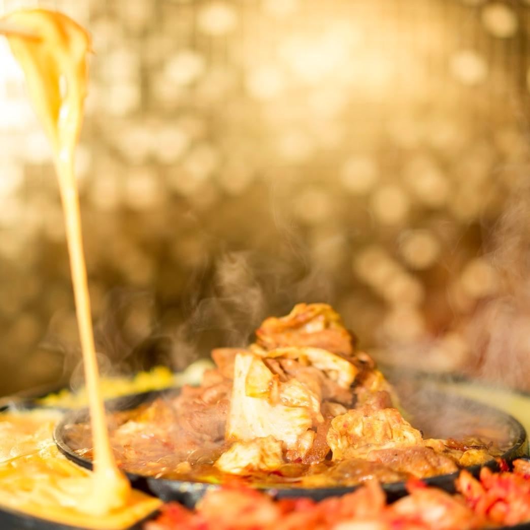 【会社宴会・歓送迎会に】新メニューチーズタッカルビ!熱々トロトロチーズがたまらない美味しさ!