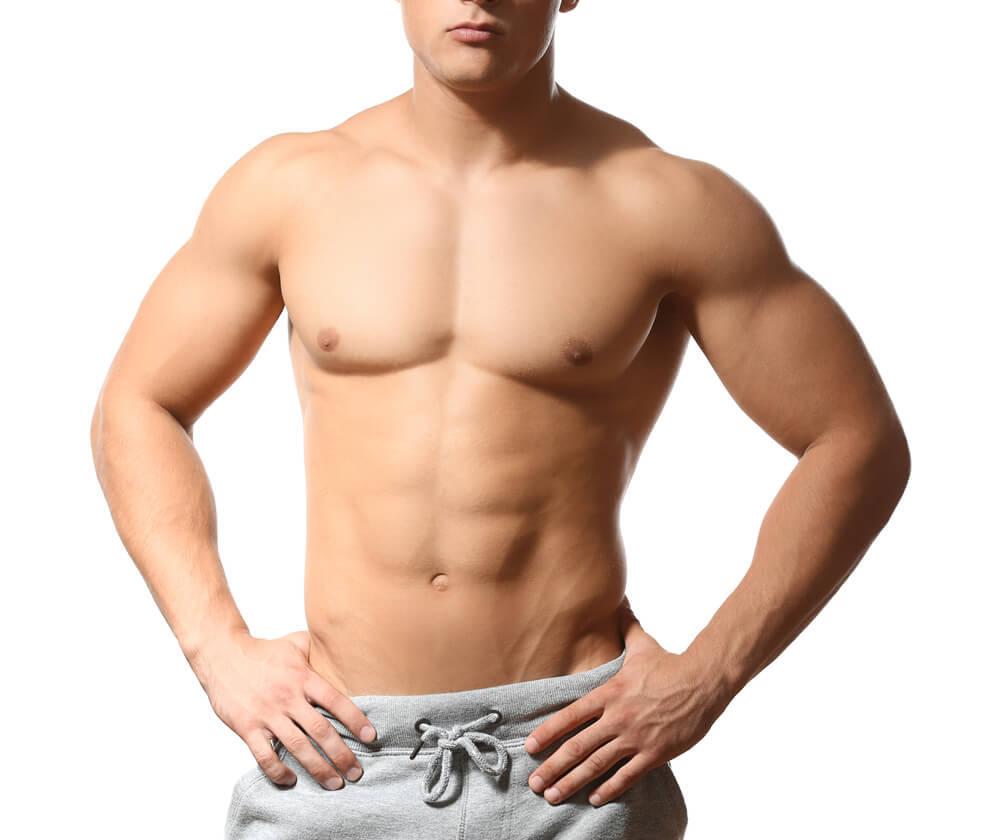 ムダ毛のない筋肉のある男性