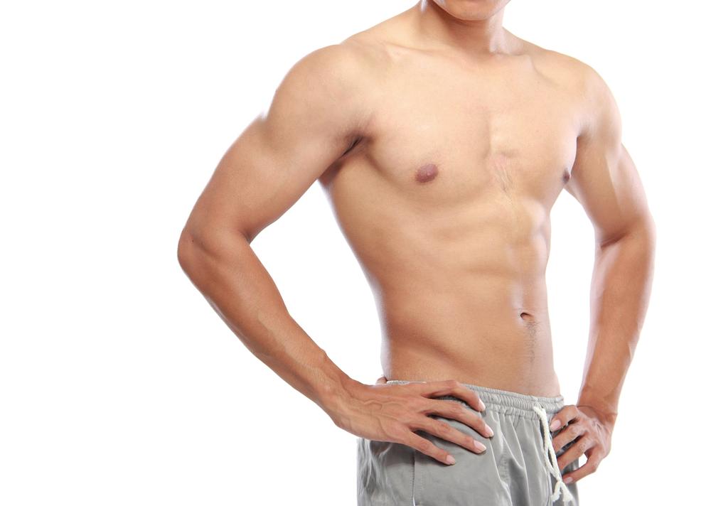 引き締まった筋肉の男性