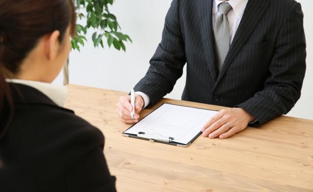 【男女別】派遣登録会に適した服装・間違った服装・注意点のサムネイル画像