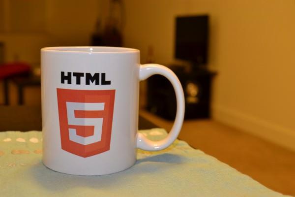 HTML入門スライド資料まとめ|初心者でも気軽に始められる教材集のサムネイル画像