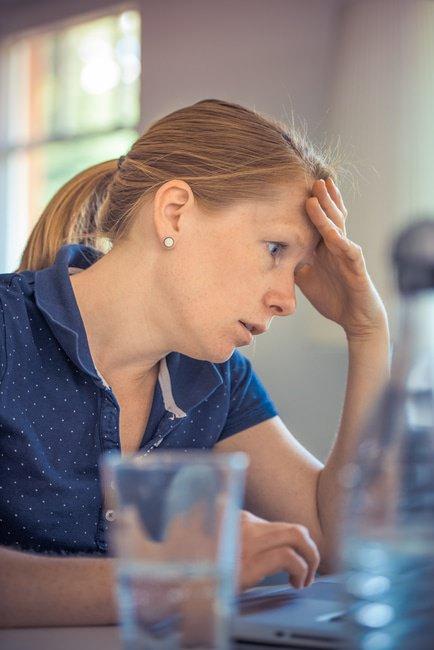 仕事のイライラの対処法・解消法とイライラしやすい人のポイントのサムネイル画像