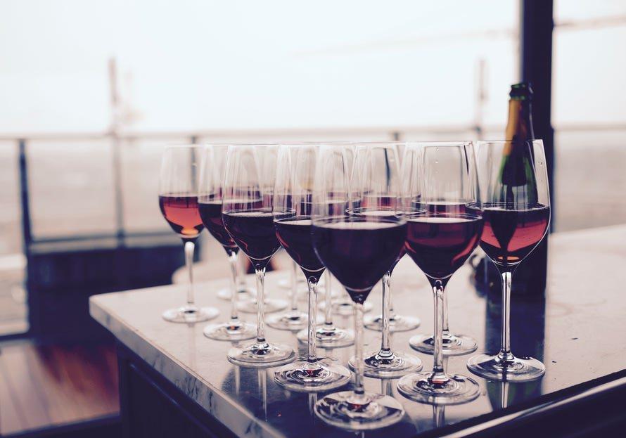 飲み会で使える乾杯の挨拶文例(忘年会・飲み会・送別会・懇親会・歓迎会)のサムネイル画像