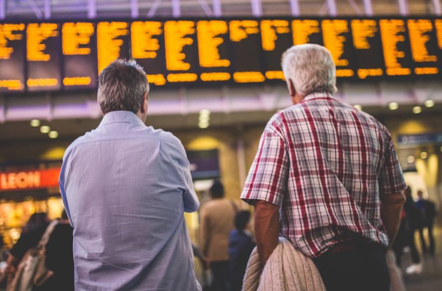 送別会の送る側の挨拶例・心を動かす送別会の挨拶をするコツのサムネイル画像