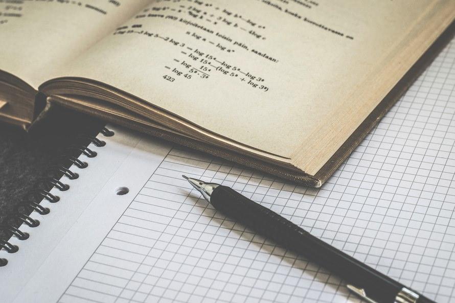 TOEFL初心者や社会人におすすめの勉強法・参考書での勉強のコツのサムネイル画像
