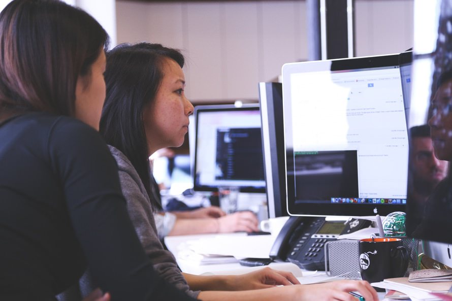 ファイナンシャルプランナー2級の難易度・就職の優位性・勉強時間のサムネイル画像