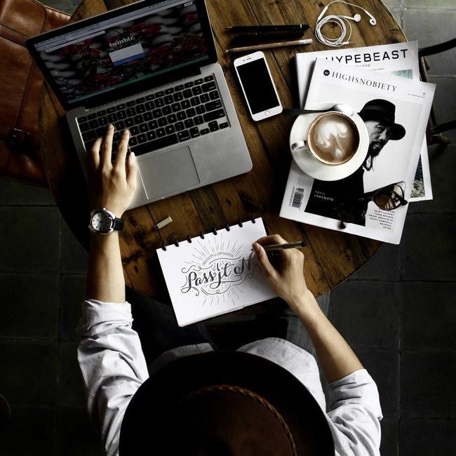 【目的別】営業報告書の書き方・フォーマットと例文のサムネイル画像