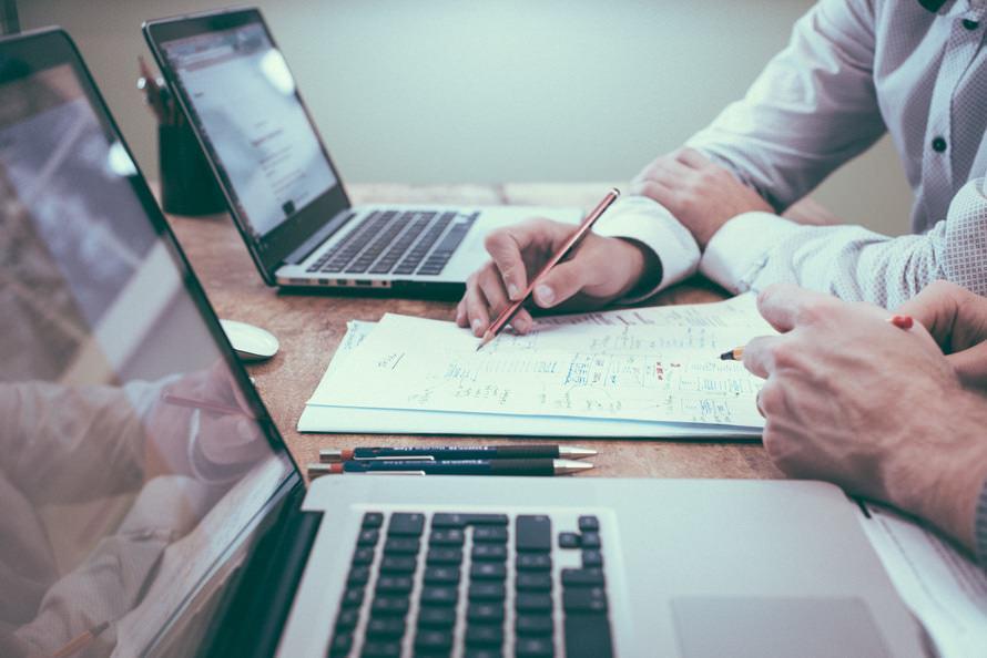税理士の資格難易度と合格率・必要な勉強時間・偏差値目安のサムネイル画像