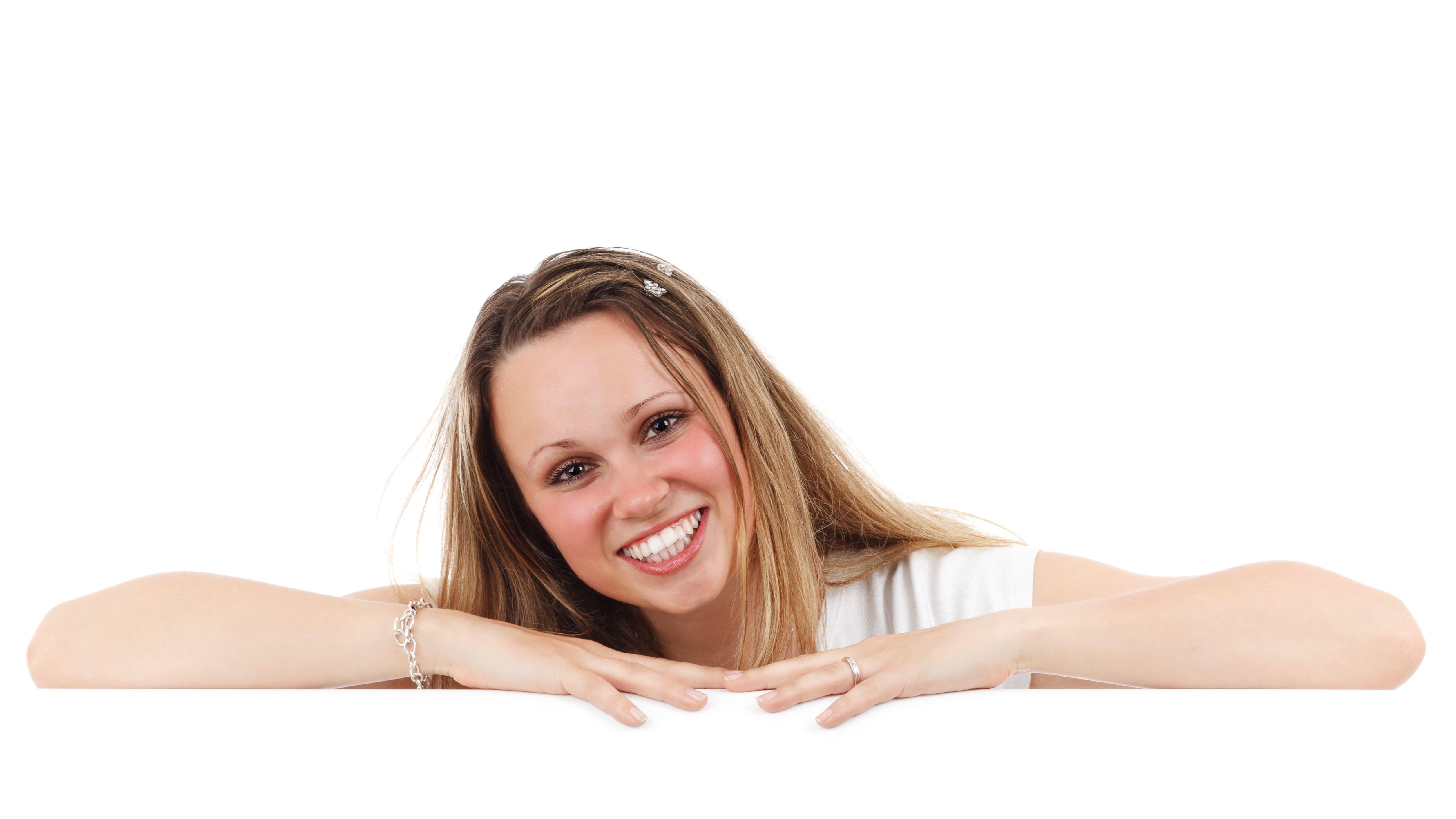 歯科衛生士の資格難易度と費用|通信教育でも資格が取れる?のサムネイル画像