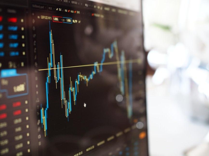 証券アナリスト試験の申し込み方法|試験時間と上手な時間配分のサムネイル画像