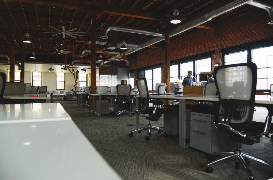 合同会社設立のメリットとデメリット 個人事業主とどちらがいいの?のサムネイル画像