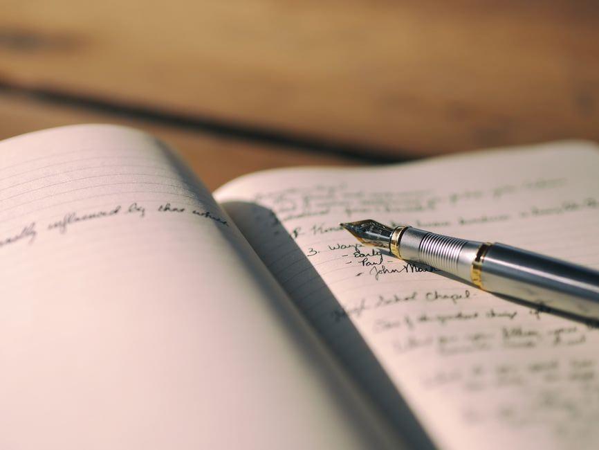 スケジュール帳の書き方 スケジュール帳を見やすく書くコツのサムネイル画像