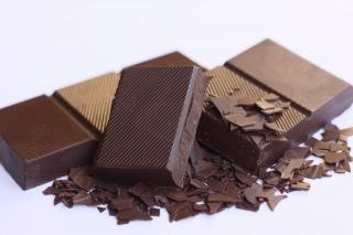 ショコラティエの年収と仕事内容|ショコラティエになるには?のサムネイル画像