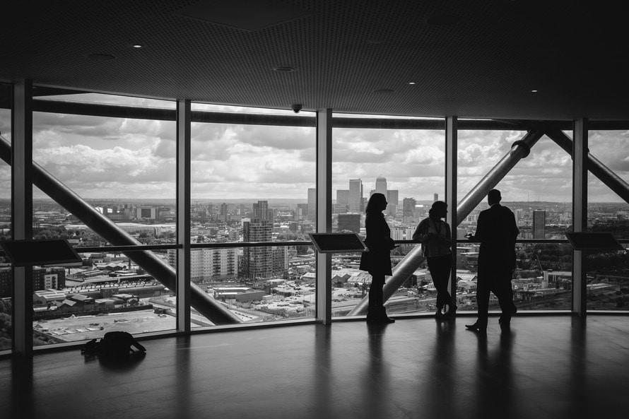 マンション管理士の年収と仕事内容|マンション管理士資格難易度は?のサムネイル画像