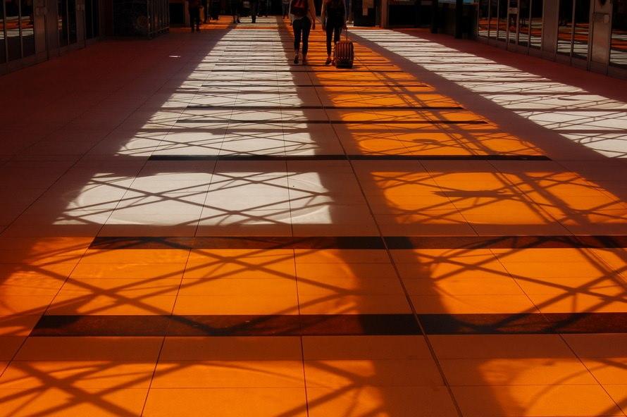 空間デザイナーの年収と仕事内容|空間デザイナーになるにはのサムネイル画像