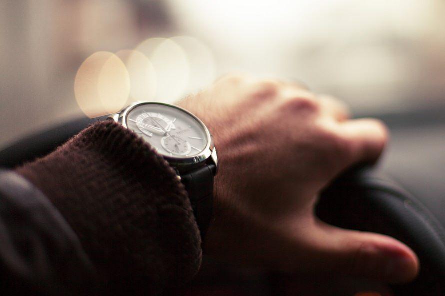 転職の際の面接に多い時間帯|転職の面接時間が短い理由は?のサムネイル画像