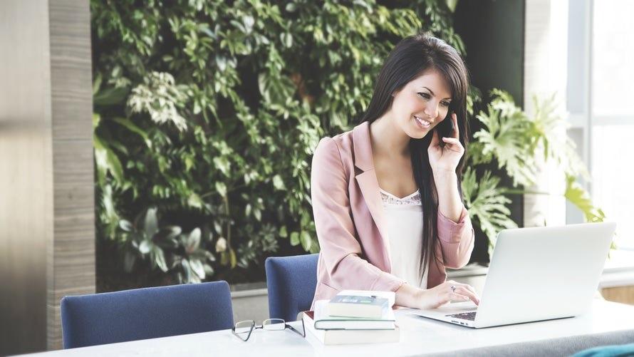 OB訪問の電話のマナー・アポをとる方法・電話をかける時間帯のサムネイル画像