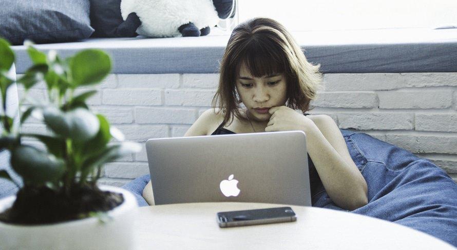 既卒と第二新卒の違い|第二新卒は転職に有利?おすすめ転職サイトのサムネイル画像