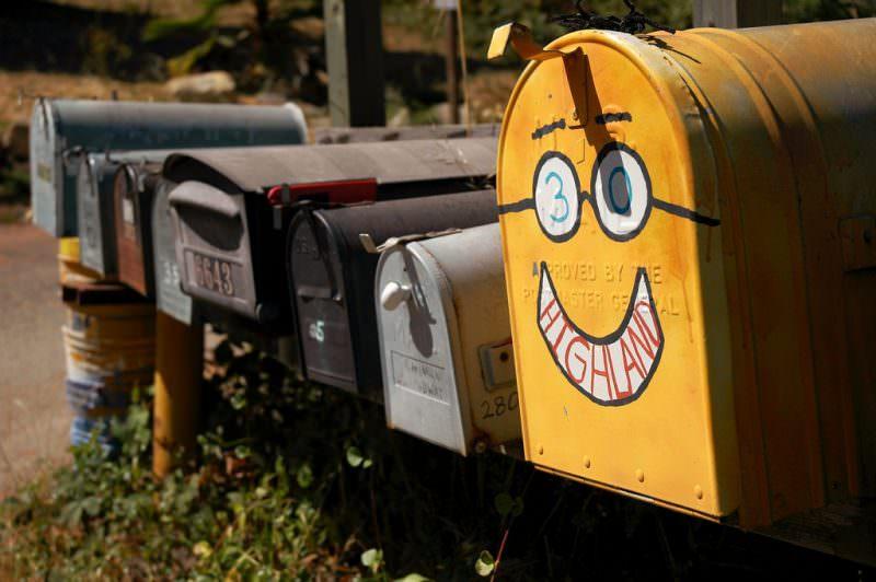 履歴書のメールアドレスは携帯?Gmailも使っていい?のサムネイル画像