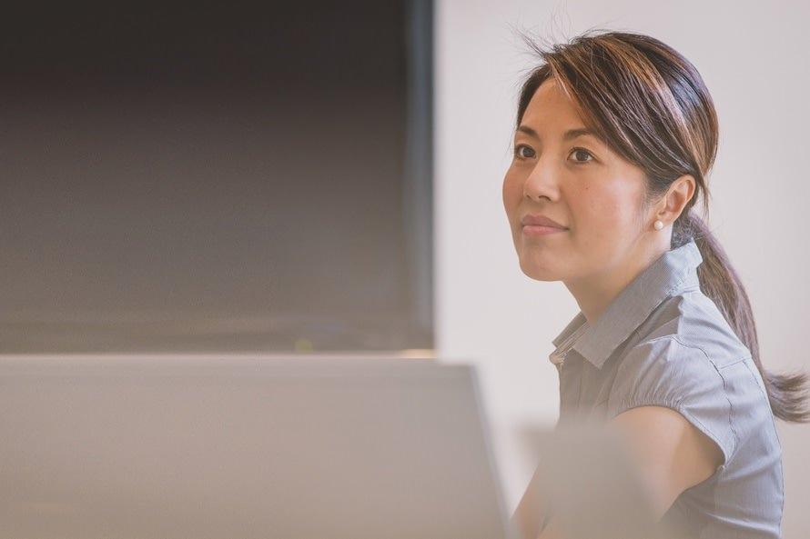 職務履歴書の事業内容の書き方・例文|各項目の意味の違いとは?のサムネイル画像