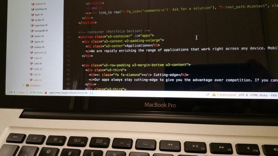 東京で評判の良いプログラミングスクールの紹介|料金/場所/開発言語のサムネイル画像