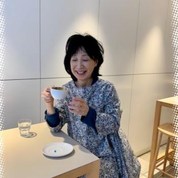 「新しいカフェ」