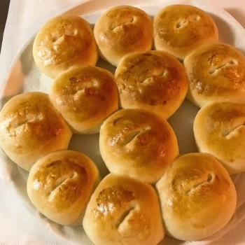 手作り丸パンとおうちごはん。