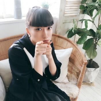 2/25~FamilyMart店内にて『憧憬リフレイン』放送予定だよ~( ԓ>д<)ԓ♬