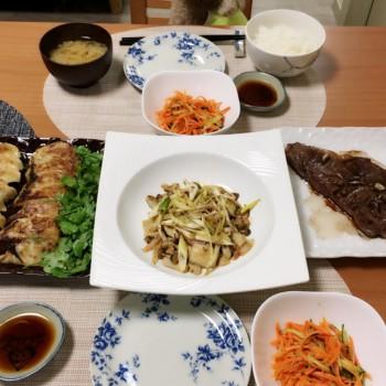 昨日のお夕食〜╰(*´︶`*)╯