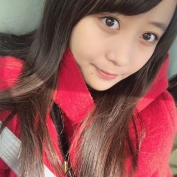 母の赤いコート♡