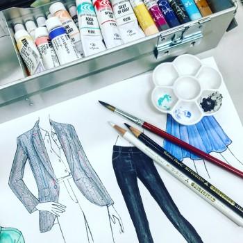 ファッションデザイン画練習中