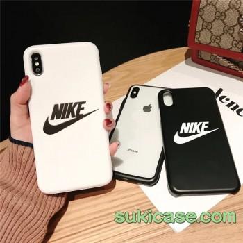 黒白のデザイン大人気!シンプルスポーツ風iPhoneケース人気商品チェック!