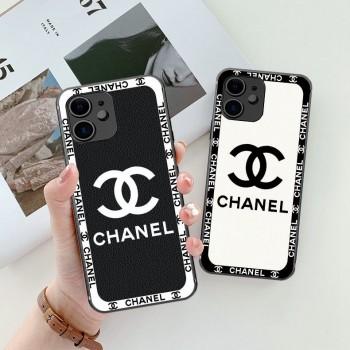 シャネル iphone13/13 mini/13 pro maxケースクロムハーツ iphone13 proケース オーフホワイト iphone12 proケースブランド airtagケース保護性お洒落